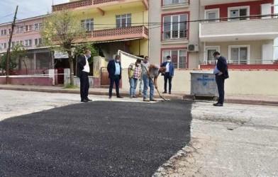 Başkan Bülent Öz asfalt onarım çalışmalarımızı plan dahilinde devam edeceğiz